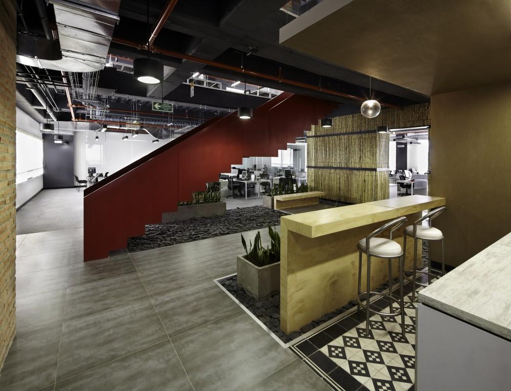Galer a oficinas jwt aei arquitectura e interiores 7 for Master en arquitectura de interiores